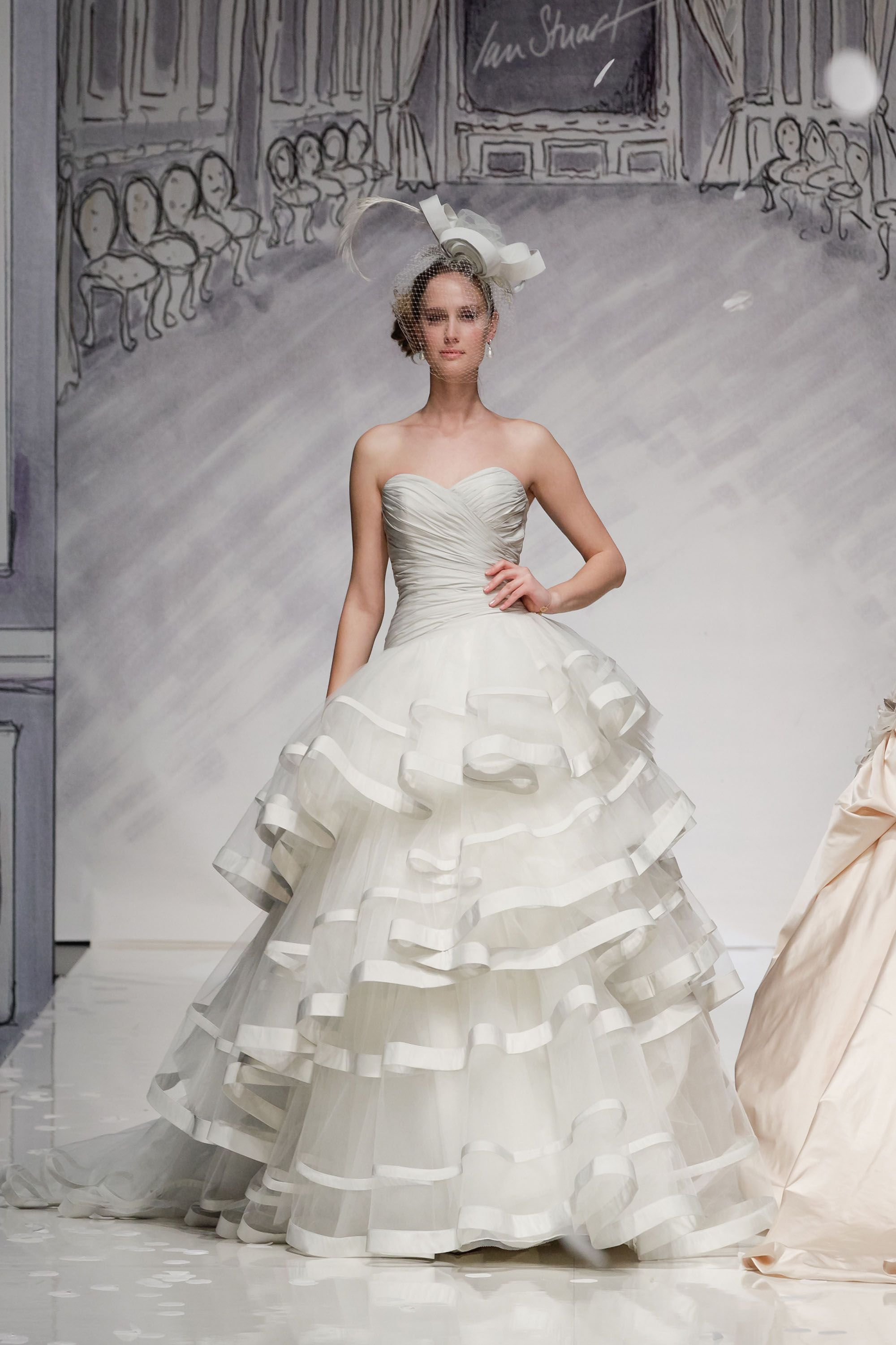 Ian Stuart Bride | Designer wedding dresses-Caracas | Wedded Bliss ...
