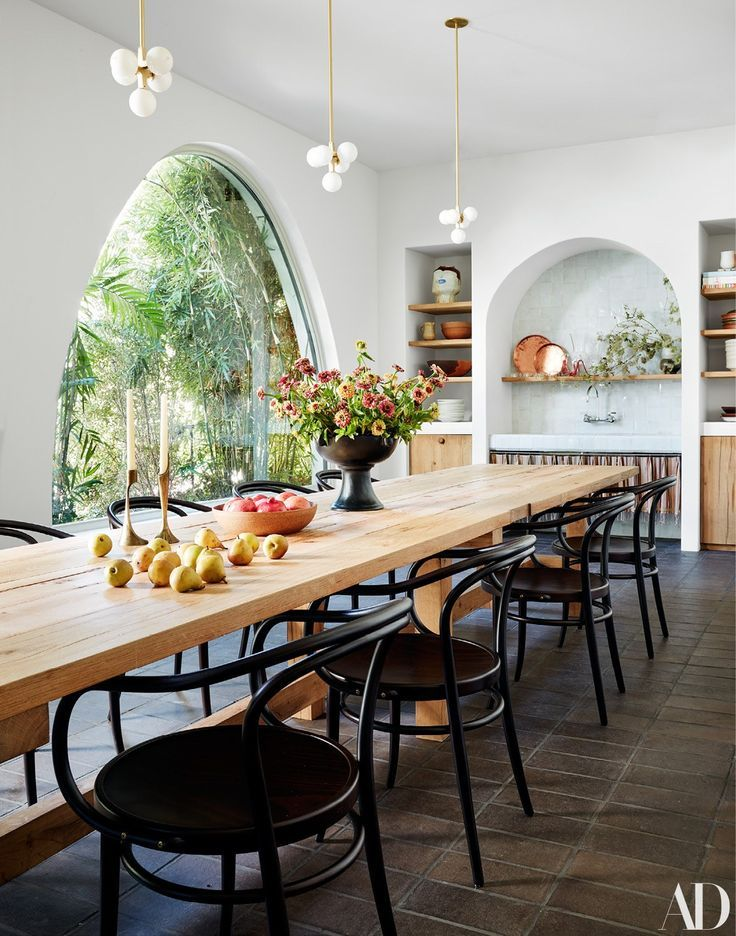 Get The Full Tour Of Studio Shamshiri S Los Angeles Office Architectural Digest In 2020 Large Dining Table Extra Large Dining Tables Dining Room Inspiration