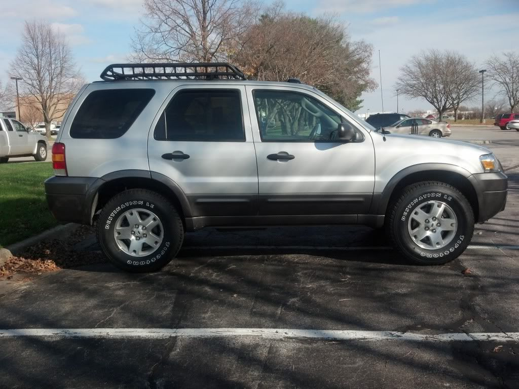Ford escape 4x4 lifted lift tires roof rack and more