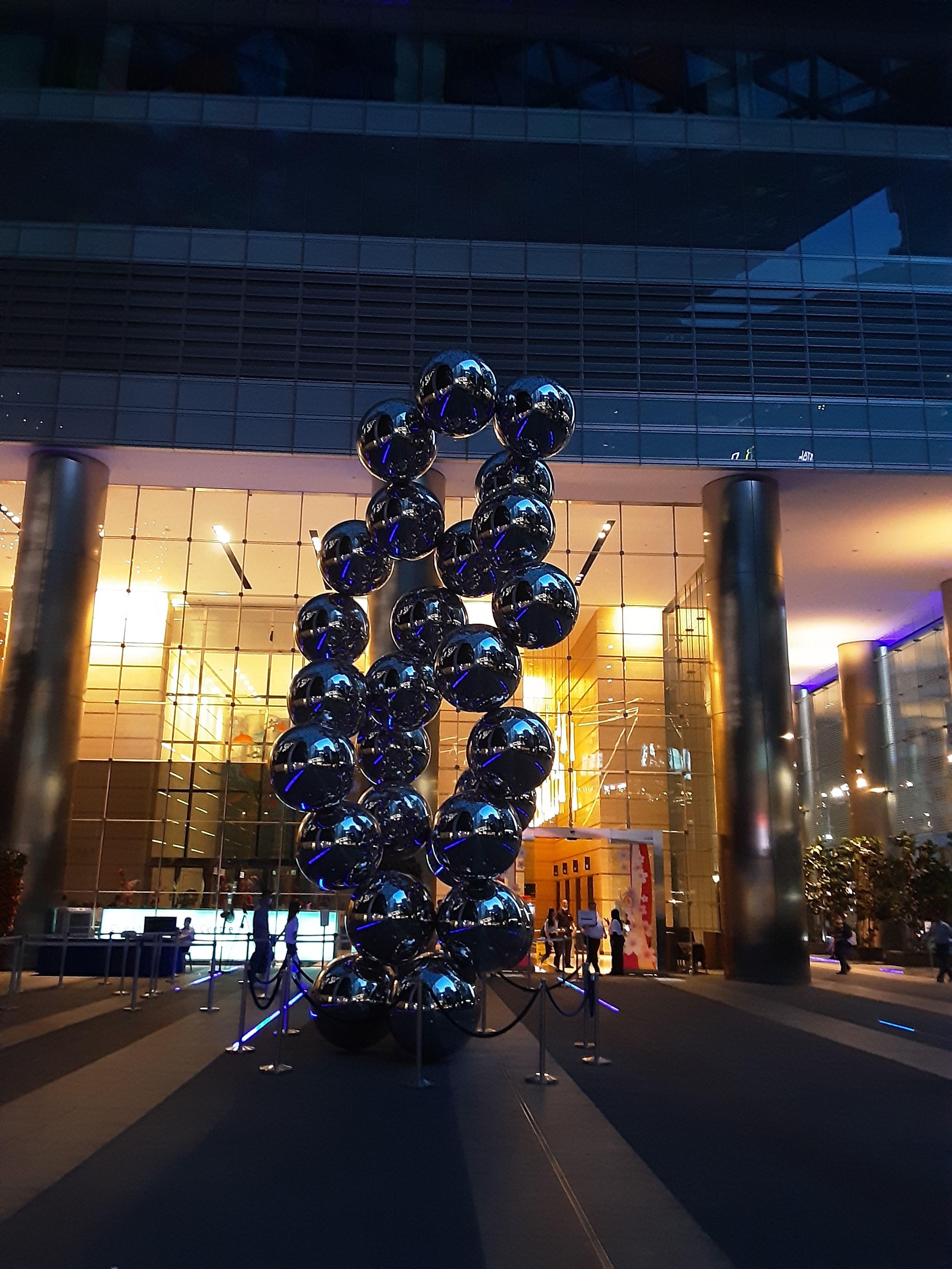 Pin By Gafferdesignart On Singapore Public Art Design Hotels Sculptures In 2020 Public Art Sculptures Design