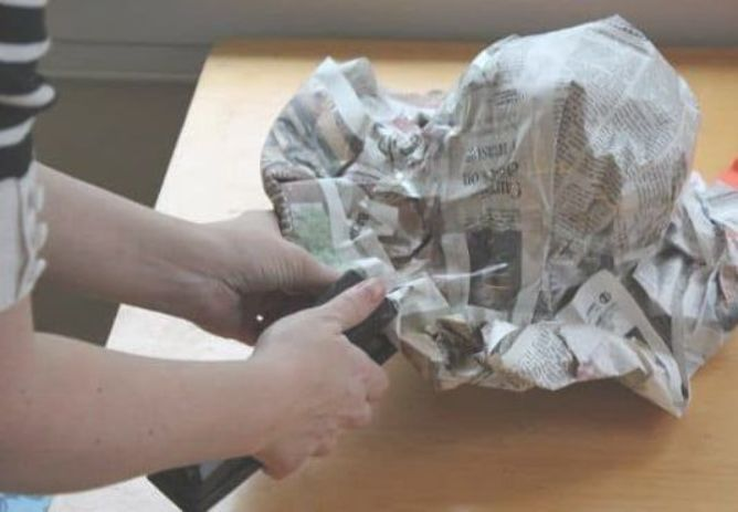 DIY Newspaper Derby Hat | #crazyhatdayideas DIY Newspaper Derby Hat | #crazyhatdayideas DIY Newspaper Derby Hat | #crazyhatdayideas DIY Newspaper Derby Hat | #crazyhatdayideas