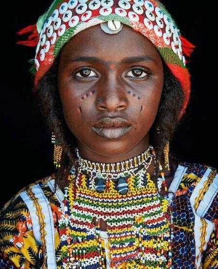 Hausa Fulani girl, Niger  The Hausa (autonyms for singular