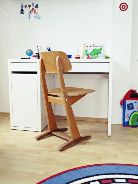 empfehlenswert kinderzimmer pinterest schreibtische schweden und neuer. Black Bedroom Furniture Sets. Home Design Ideas
