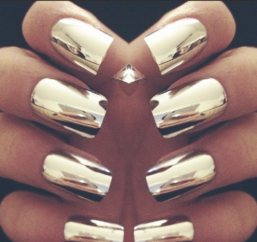 Chrome Nails You Can Get This Look With Nail Rock Metallic Wraps