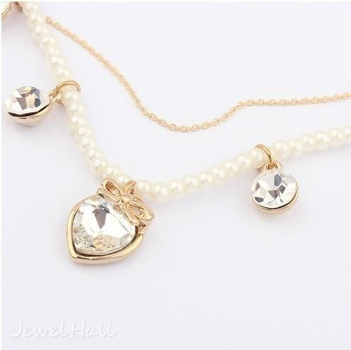 Sweet Heart-shaped Pendant Lady's Pearl Necklace: jewelhall.com