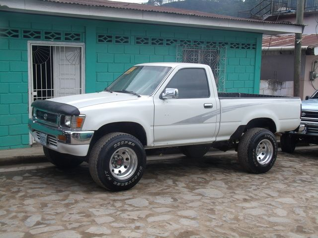 Autos Toyota En Venta En Honduras 4 Toyota 4x4 Toyota Cars Toyota
