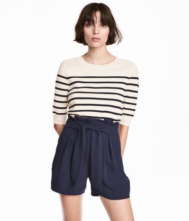 5ae1c3a8bd Pantalón corto de vestir