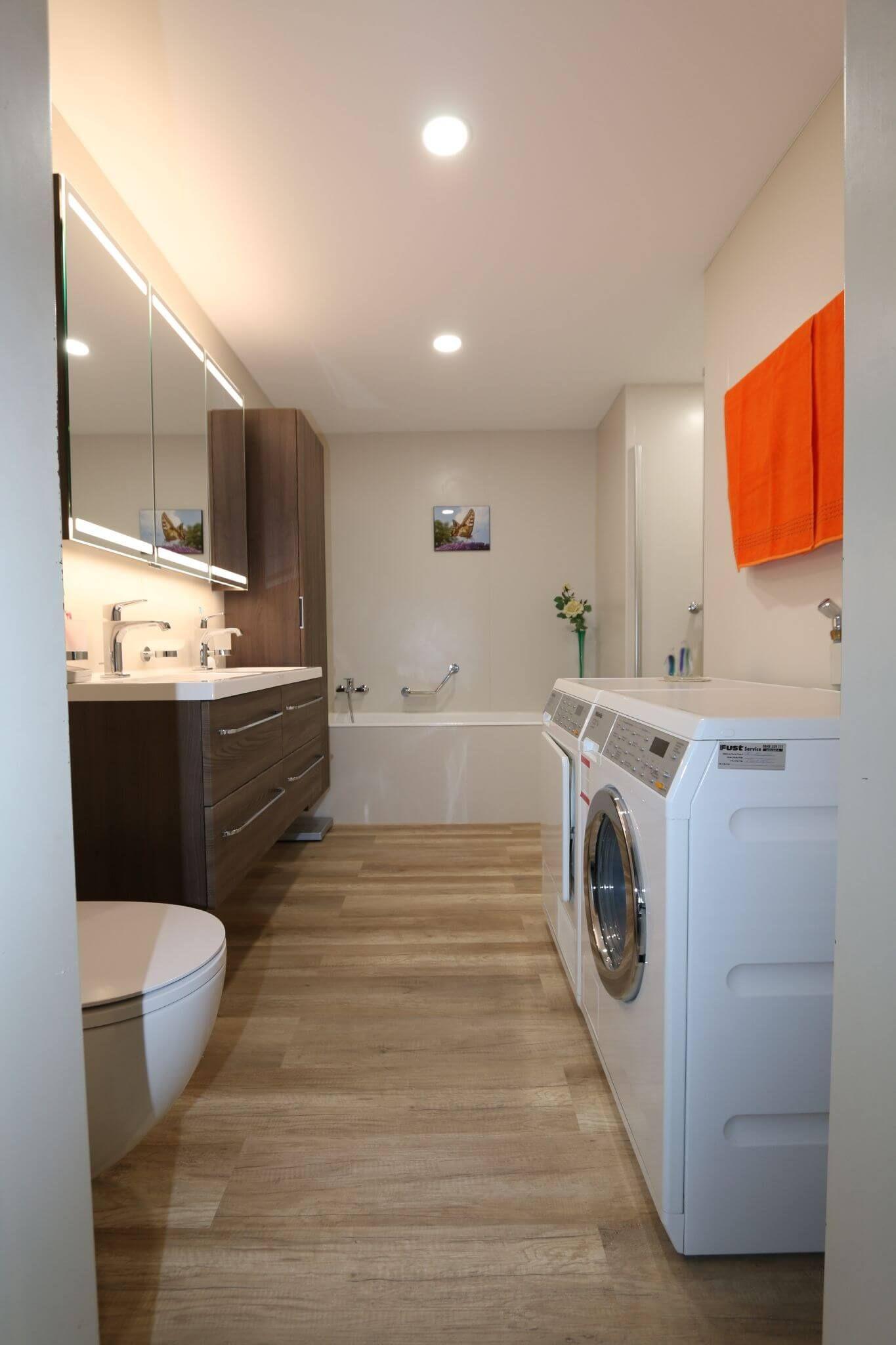 Viterma 24h Badsanierung Bei Familie Helg Badezimmereinrichtung Badsanierung Sanierung