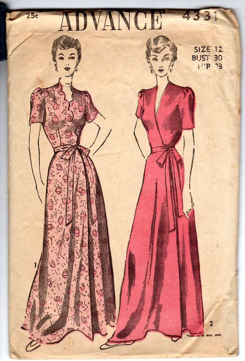 1930 s luxurious Gown 145101215