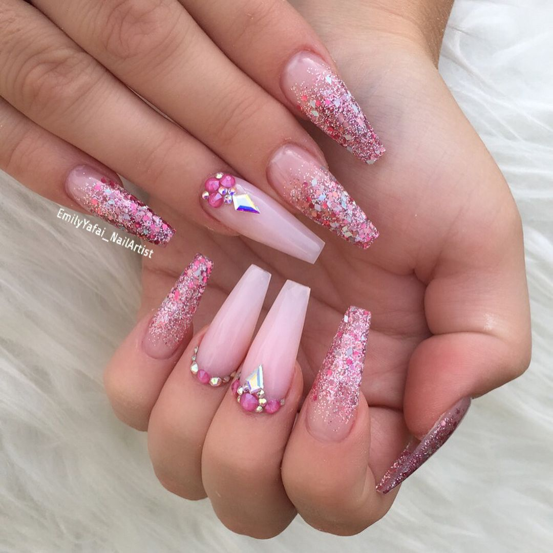 32 Super Cool Pink Nail Designs That Every Girl Will Love Pink Acrylic Nail Ideas In 2020 Pink Acrylic Nails Pink Nail Designs Acrylic Pink Nails