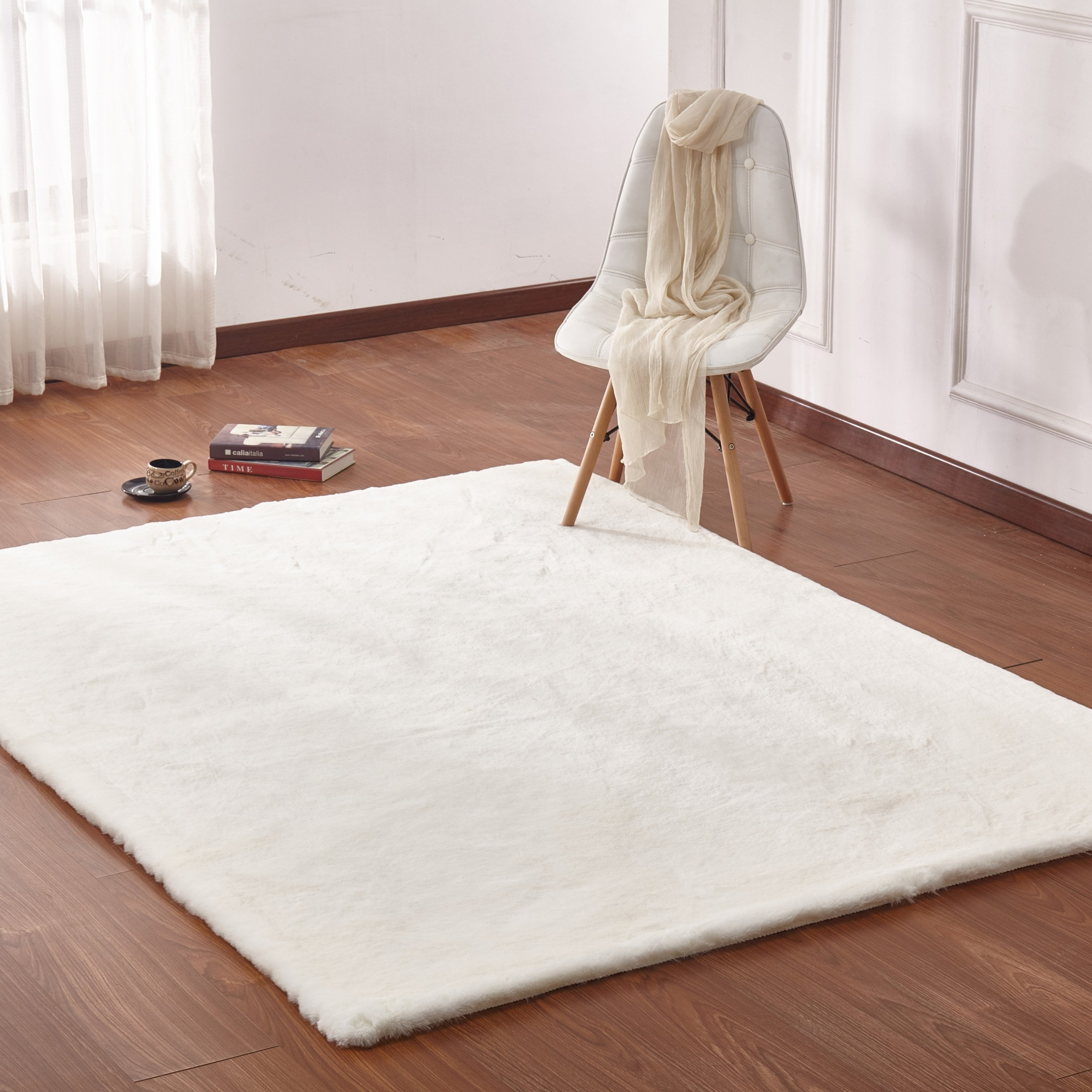Off White Faux Fur 8x11 Rug 7 6 X 10 3 Color Off White 7 6