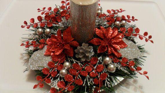 Christmas Centerpiece in Red and Silver Centros de mesa de navidad