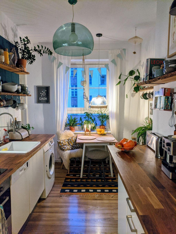 Abendstimmung in der Küche :)  smallkitchen  küche ...