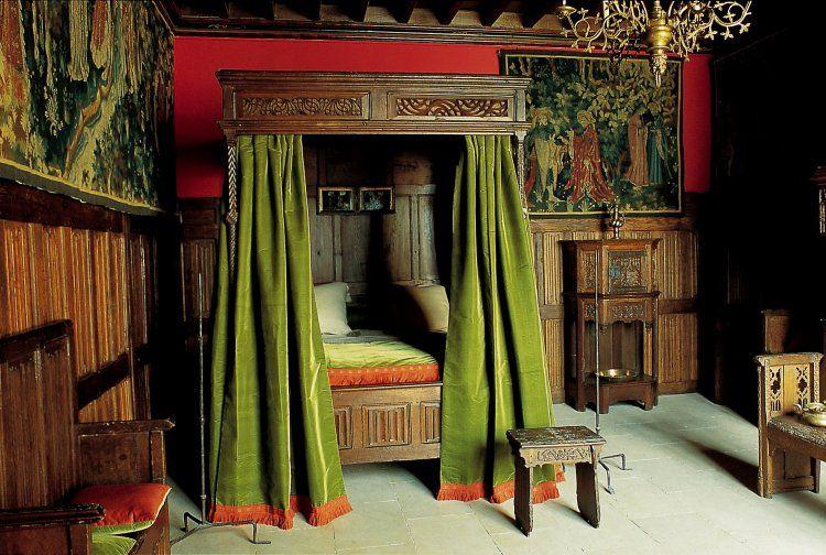 lit dais les arts d coratifs site officiel atc moyen ge mobilier pinterest. Black Bedroom Furniture Sets. Home Design Ideas
