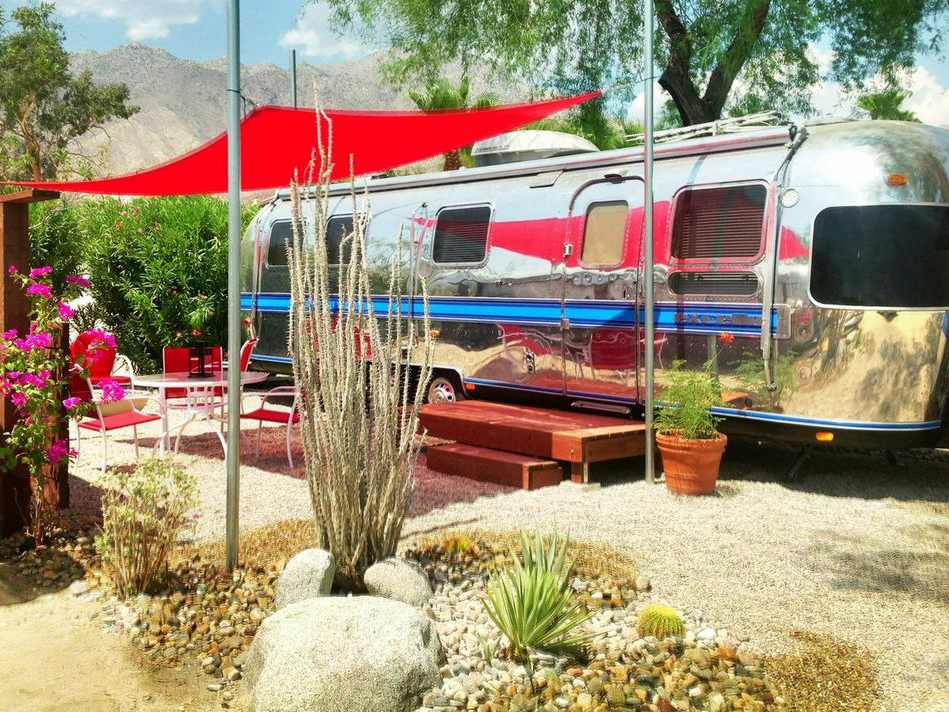 Go Vintage In The Heart Of Anza Borrego State Park At This Recently Renovated Hotel And Rv Court Offering Clic Rooms Airstream Als For Up