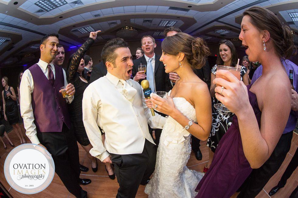 bride-groom-partying-on-the-dancefloor