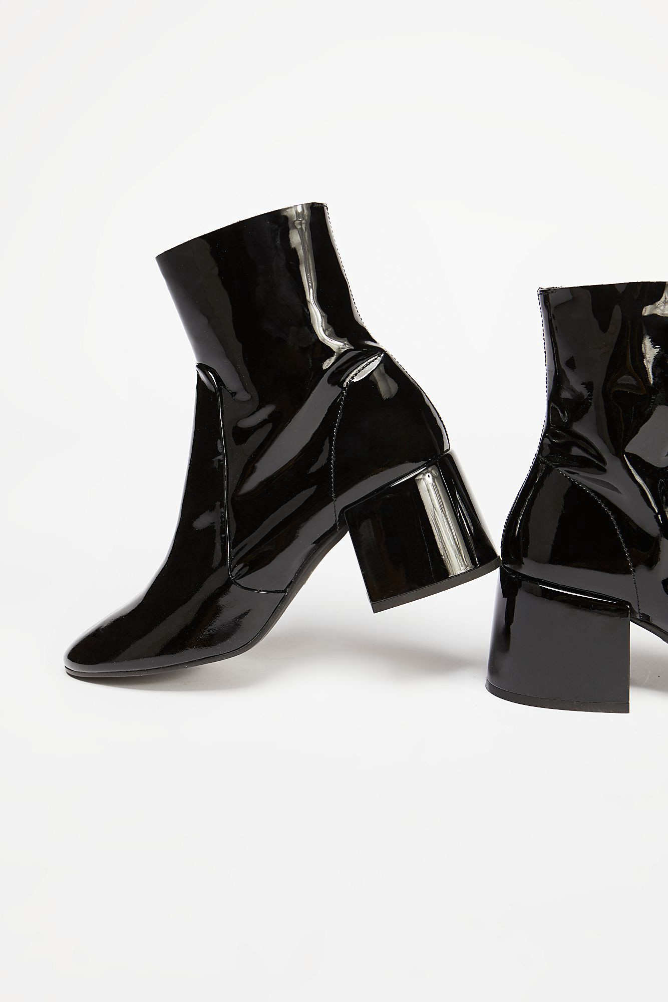 fcc94522ccb4 Free People Lillian Heel Boot - Black Patent 37 Euro