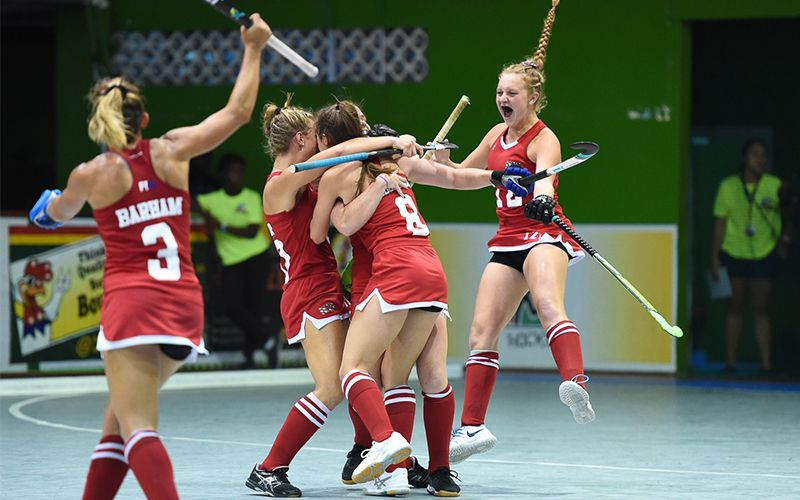 Photo Gallery Take A Bow Ali Campbell A Four Goal Performance Gives The 4 2 Win To The U S Women S National Indoor Ali Campbell Hockey Players Field Hockey