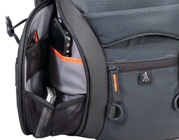 2dbe75079d Looking for the best camera backpack for your DSLR  Read our detailed  reviews on the top 5 camera backpacks available in 2016   2017 and compare  them.