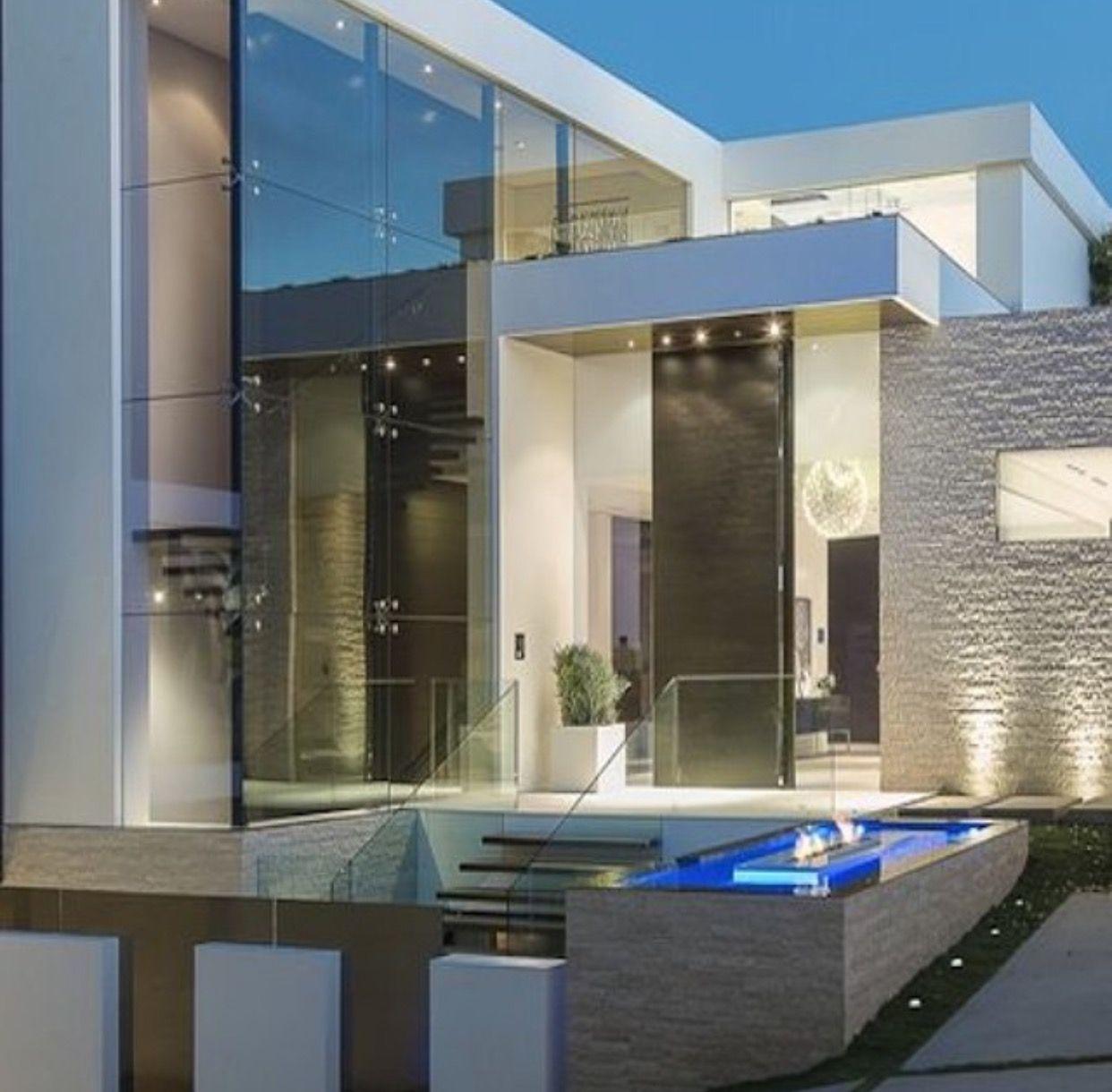 Pin de ariff en arquitectura arquitectura casas dise o for Arquitectura y diseno de casas modernas