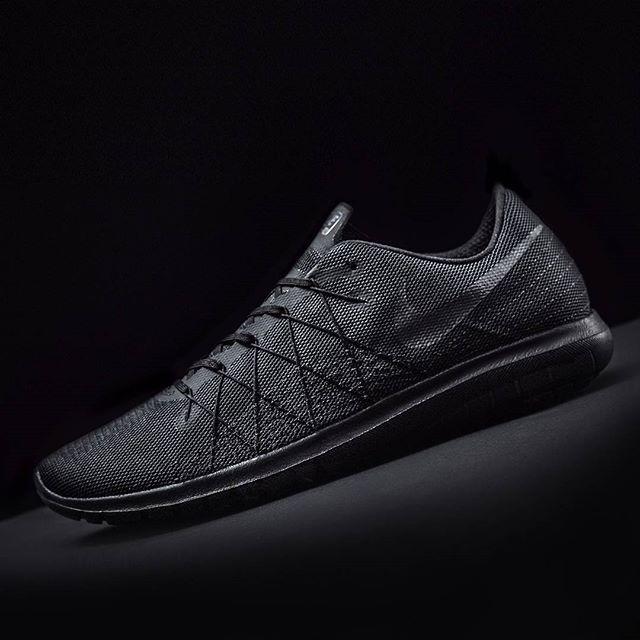 8b1f09ed6b85 Nike Flex Fury 2  Triple Black