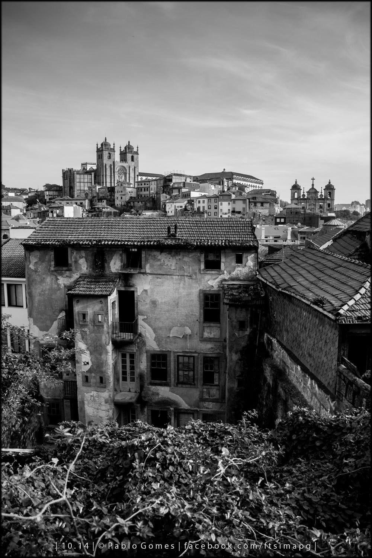 Morro da Sé / Colina de la Catedral de Oporto / Oporto Cathedral Hill [2014 - Porto / Oporto - Portugal] #fotografia #fotografias #photography #foto #fotos #photo #photos #local #locais #locals #cidade #cidades #ciudad #ciudades #city #cities #europa #europe #baixa #cascoantiguo #downtown @Visit Portugal @ePortugal @WeBook Porto @OPORTO COOL @Oporto Lobers