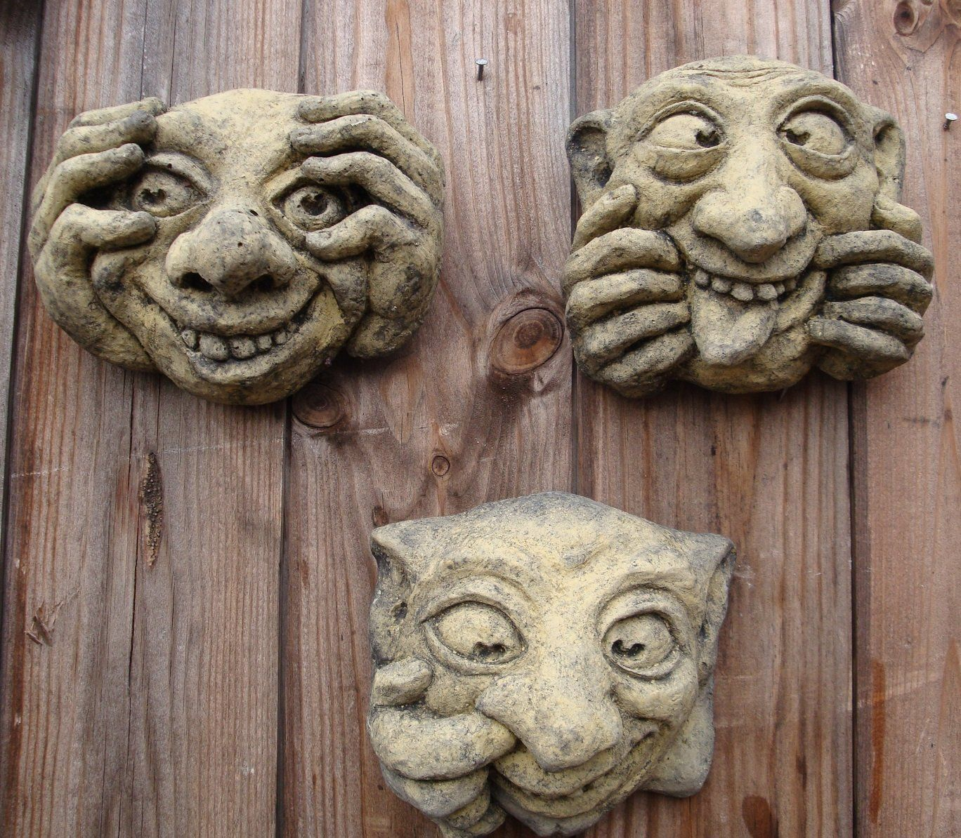 Set Of 3 Ugly Faces Gargoyles Wall Plaques Funny Face