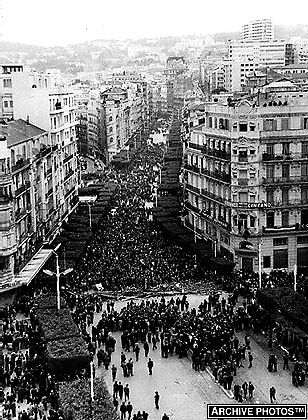 1960 Alger Semaine Des Barricades Photographie Photo Algerie Alger Photographie