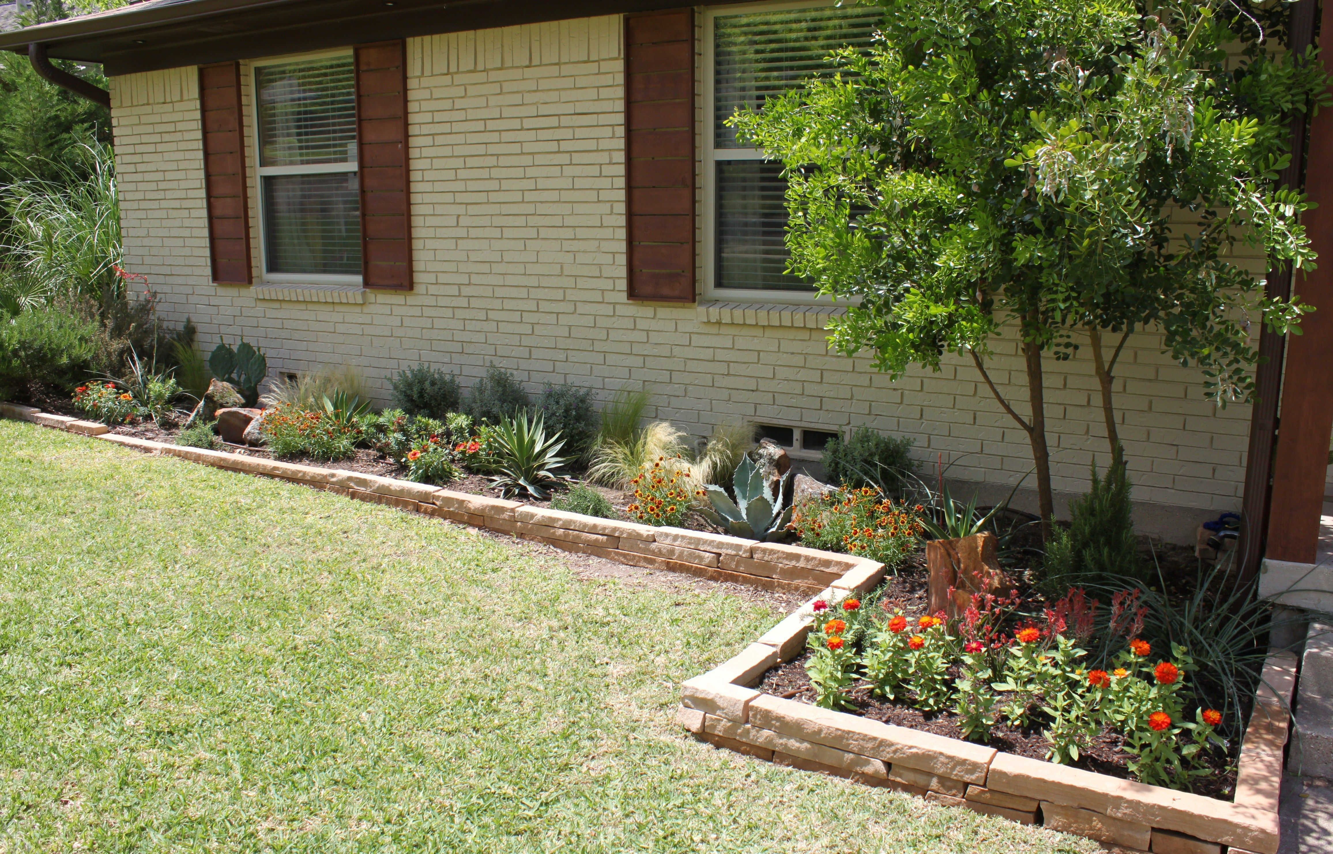 Raised Garden Bed Ideas Front Of House. Feels free to