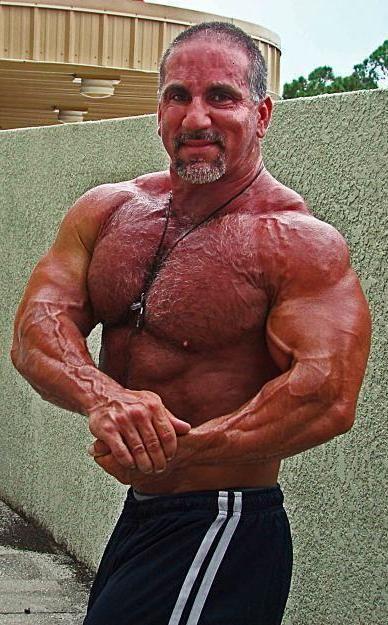 Muscle tom katt