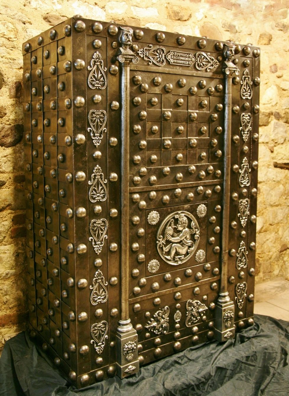 Magaud De Charf One Of Europe S Finest Antique Safes