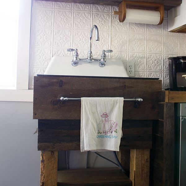 How To Build A Rustic Kitchen Sink Base Kitchen Sink Diy Rustic Kitchen Sinks Farmhouse Sink Kitchen