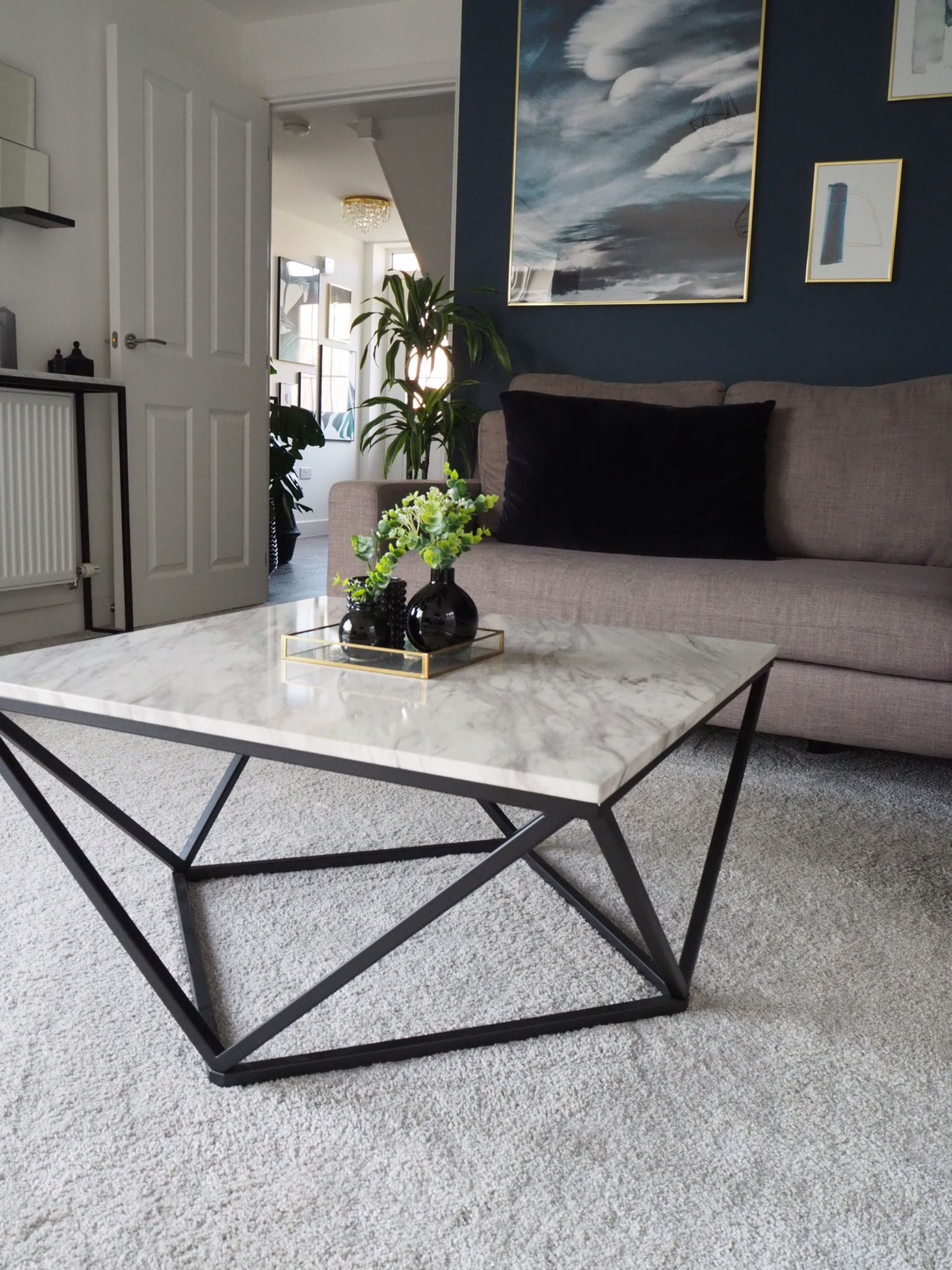 Living Room Accent Coffee Table With Marble Finish Top Coffeetables Coffeetableideas Marblecoffeeta Marble Tables Living Room Coffee Table Living Room Accents [ 2730 x 2048 Pixel ]