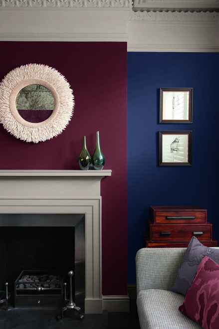 This Palette Of Aged Colors Creates A Deep Beautiful Backdrop With Valspar Signaturetm Paint In La Fonda Midni Maroon Living Room Living Room Red Maroon Walls