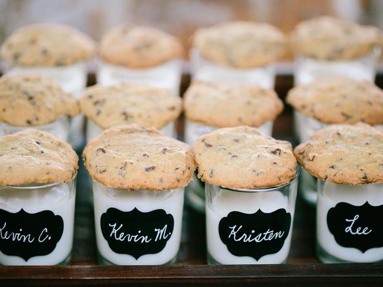 14 Wedding Dessert Ideas That Arent Cake