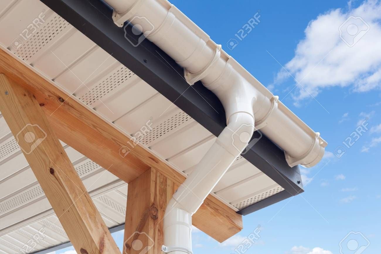 Sip Panel House Construction New White Rain Gutter Drainage System With Plastic Siding Soffits And Eaves Again Roofing Home Insulation How To Install Gutters