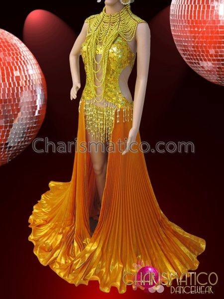 21d2f379d1fb CHARISMATICO Golden Diva Showgirl Pleated Skirt Sequined Costume With  Gothic Necklace