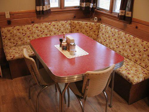 23 Red Dinette Sets   Vintage Kitchen Treasures