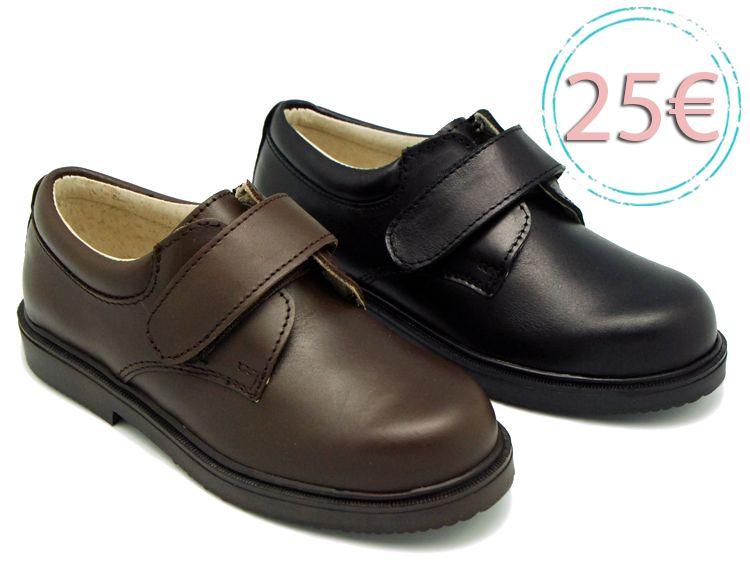 1d784073 Tienda online de calzado infantil Okaaspain. Zapato blucher colegial de piel  con velcro. Calidad al mejor precio hecho en España.