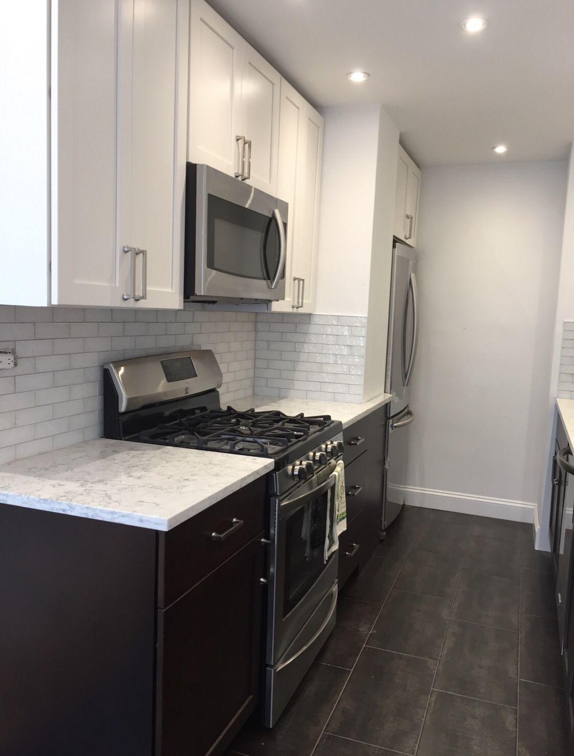 White Shaker Cabinets Mixed With Dark Cherry Base White Shaker Cabinets Kitchen And Bath Design Kitchen Design