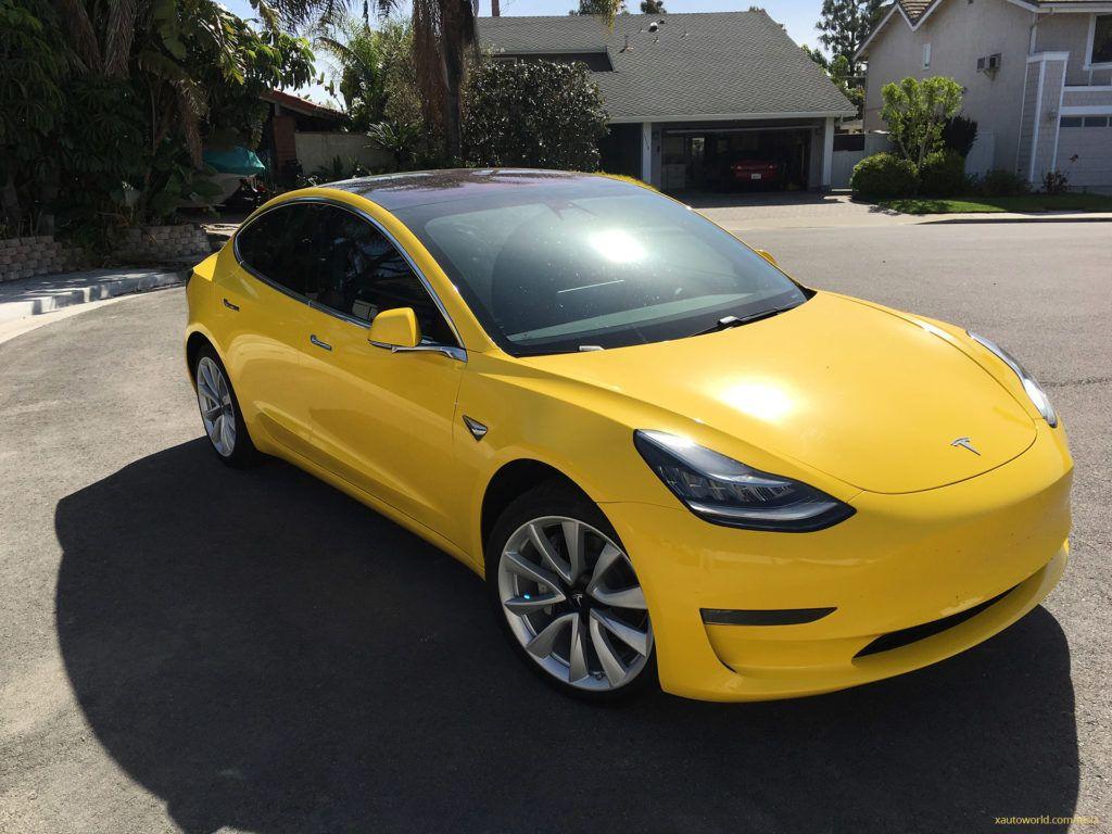 Yellow Tesla Model 3 That Rocked Reddit Now With Tinted Windows And Carbon Fiber Dash Tesla Model Tesla Tesla Car