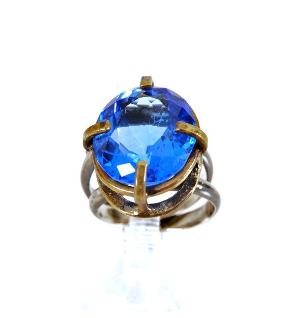 Silver Blue Quartz ring size 7 3/4 by dhaabakaaspa on Etsy, $150.00