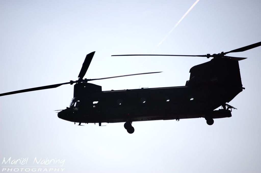 chinook helicopter sil...