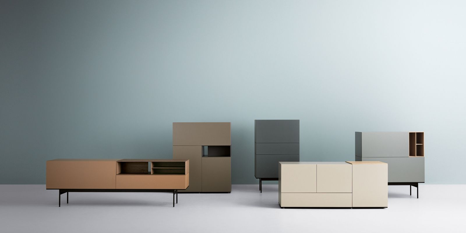 SYSTEM OF TRANSVERSAL STORAGE UNITS FOR THE DIFFERENT HOME