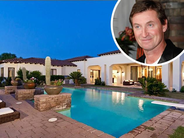 Wayne Gretzky Lists His Scottsdale Estate Celebrity Homes Pinterest Swimming Pools