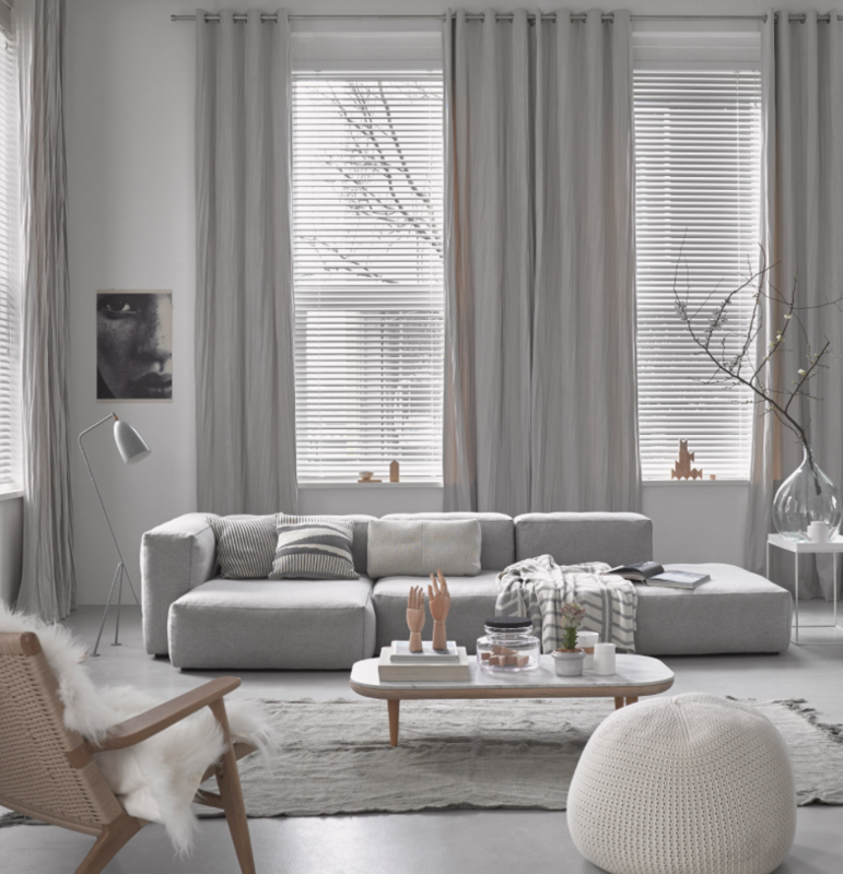 Gordijn met zeilringen | Modern interiors | Pinterest | Living Room ...