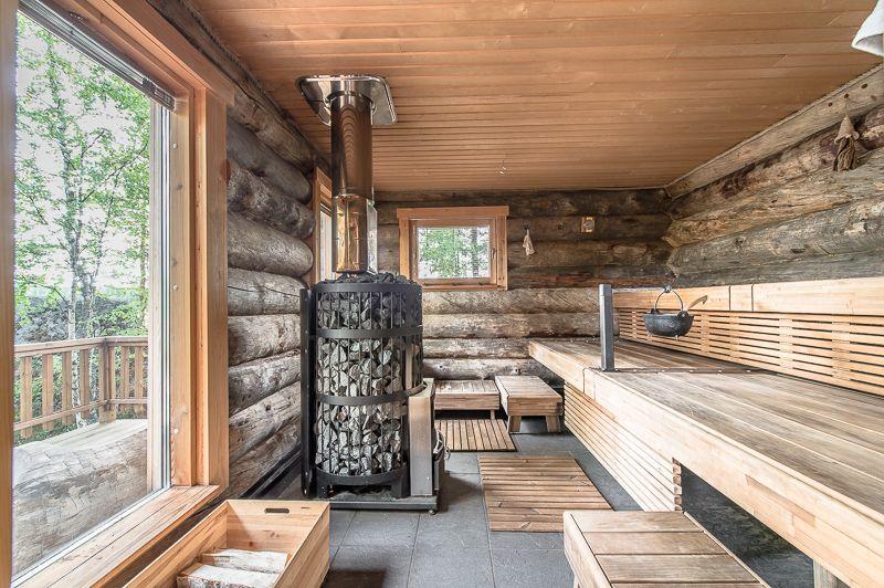 Luxury log cabin in finland sauna holz fen pinterest - Luxus wohnaccessoires ...