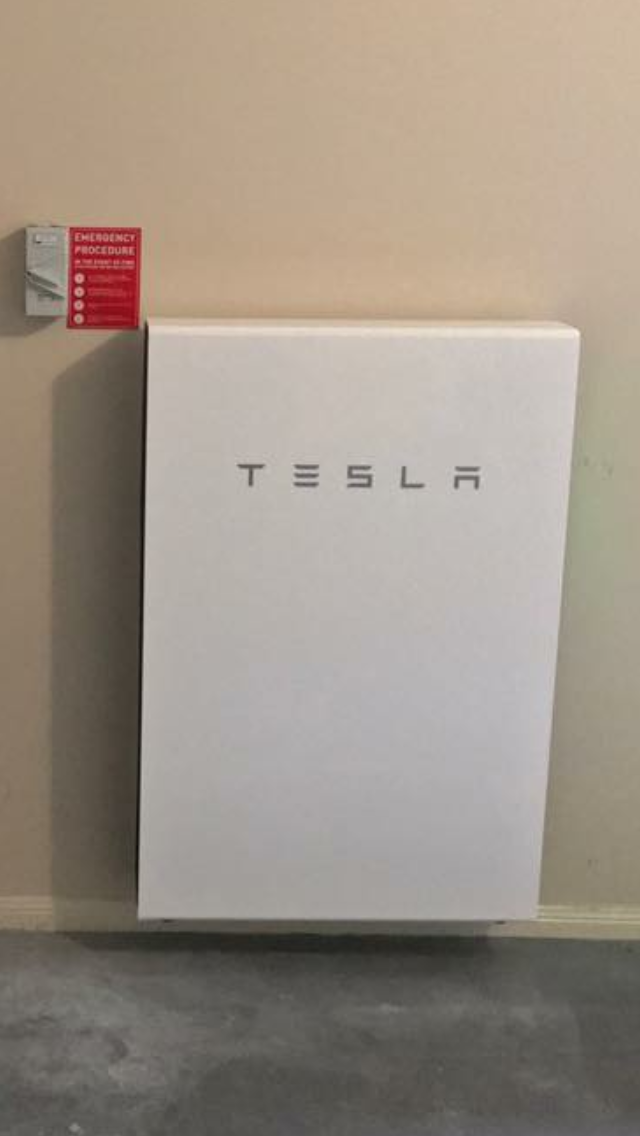 Tesla Powerwall 2 Is A Battery For Homes And Small Businesses That Stores The Sun S Energy To Deliver Clean Reliable Ele Tesla Powerwall Powerwall Save Energy