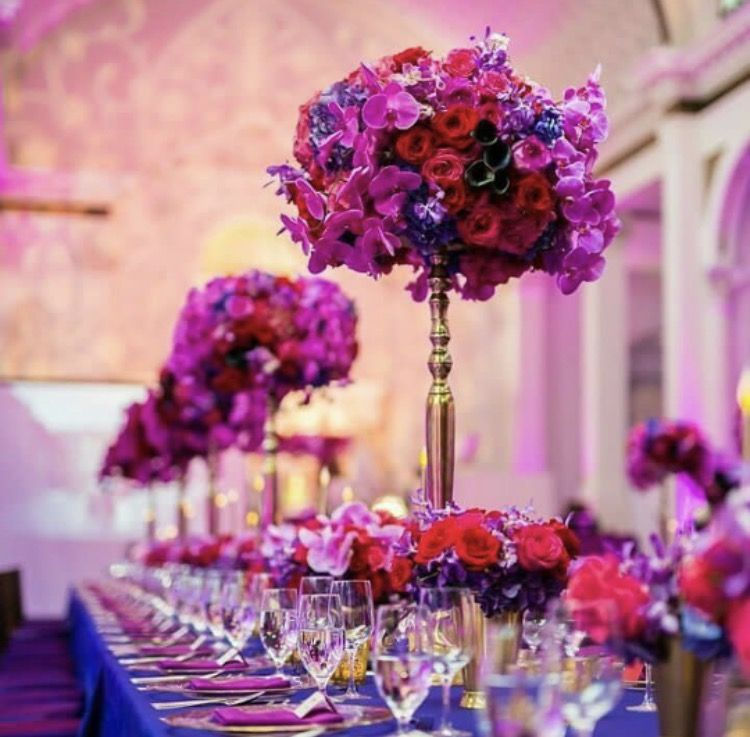 Looking For A Bright Wedding Theme Choose Magenta Flowers