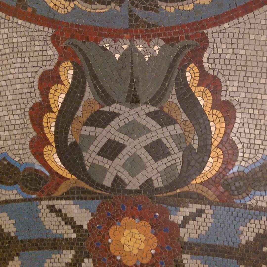 F  l  o  o  r  antique tiles  #hotelgellert #gellertbaths #gellert #budapest #Budapest#ungarn #Hungary #floor #tileaddiction #tiles #fliser #mosaic #pattern #lookingdown #fromwhereistand #mønster #decoration #interiordesign #photoliga #theoutcreww #hidden_igers #nofilter #colorful by ianzjon
